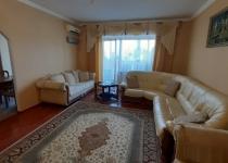 Продам 3  комн квартиру 100м с ремонтом на Солнечном
